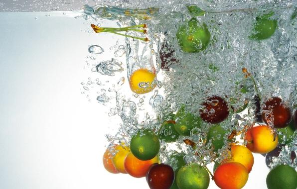 Картинка вода, пузырьки, лайм, фрукты, черешня, лимоны, абрикосы