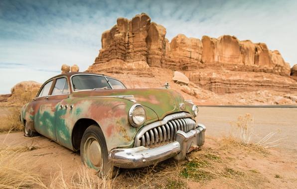 Картинка машина, авто, горы, ретро, пустыня, каньон