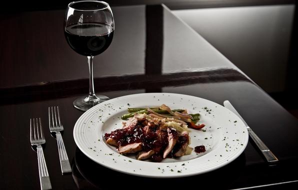 Картинка вино, бокал, тарелка, нож, вилка, Еда, столовые приборы