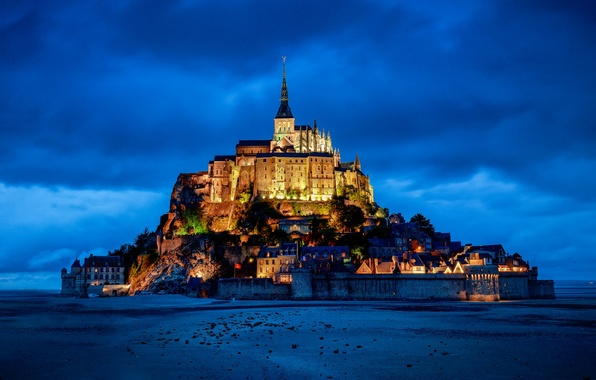 Картинка замок, Франция, гора, крепость, France, Нормандия, Normandy, Мон-Сен-Мишель, Mont Saint-Michel