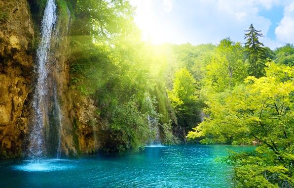 Картинка море, небо, облака, деревья, пейзаж, природа, водопад, озера, sky, trees, sea, landscape, nature, красивый, beautiful, …