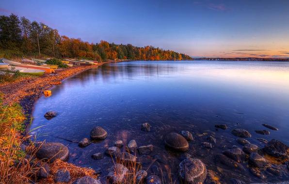 Картинка осень, небо, облака, пейзаж, природа, озеро, лодки