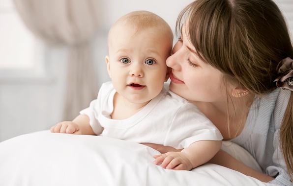 Картинка улыбка, удивление, малыш, ребёнок, мать, сероглазый