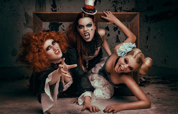 Картинка девушки, злость, макияж, зубки, art, костюмы, adventure, крики, Frame me