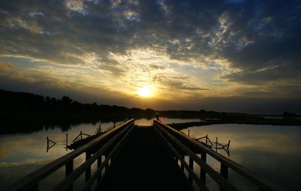 Картинка закат, мост, озеро