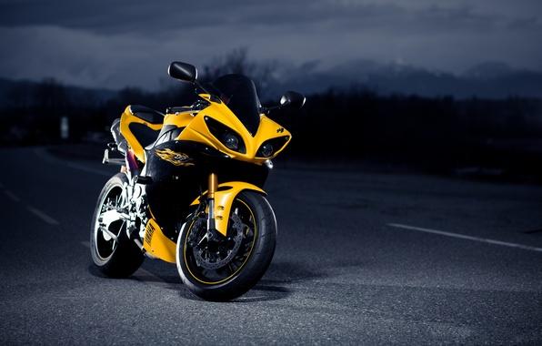 Картинка дорога, ночь, желтый, черный, Yamaha, black, road, yellow, night, Ямаха, супербайк, superbike