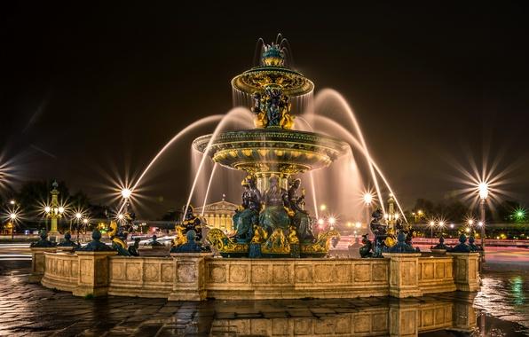 Картинка дорога, ночь, огни, Франция, Париж, фонари, лужи, фонтан, скульптуры, Fontaines de la Concorde