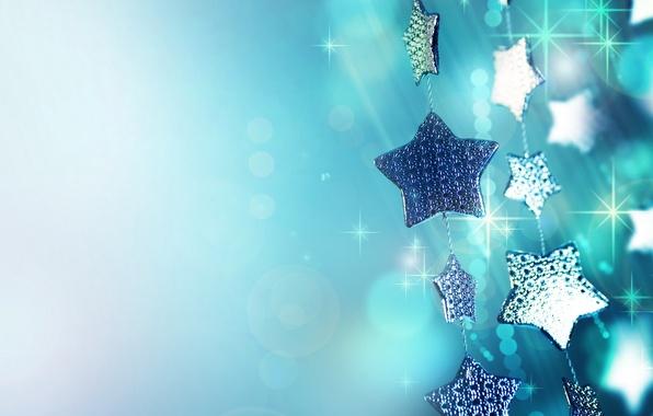 Картинка макро, праздник, голубой, блеск, новый год, блестки, искры, new year, гирлянда, звездочки, елочные украшения