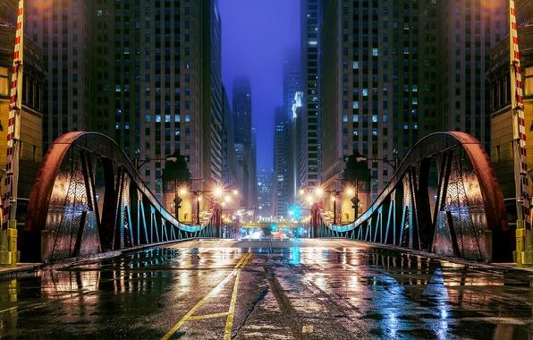 Картинка дорога, вода, отражения, ночь, мост, город, огни, улица, здания, небоскребы, вечер, Чикаго, лужи, USA, Иллинойс, …
