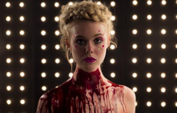 Фото обои кадр, Эль Фаннинг, Elle Fanning, триллер, Неоновый демон, The Neon Demon, ужасы