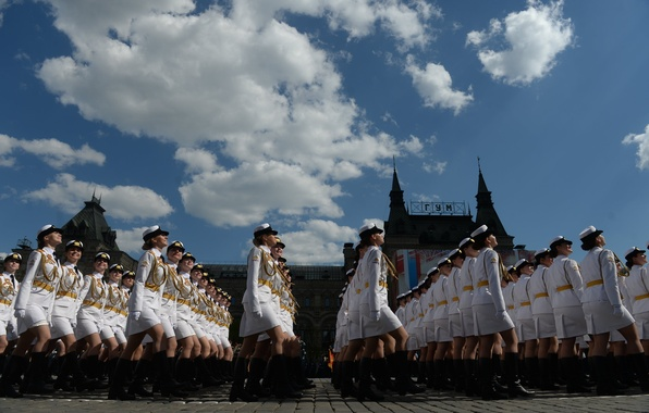 Картинка девушки, праздник, день победы, парад, красная площадь, России, военного, обороны, курсанты, университета