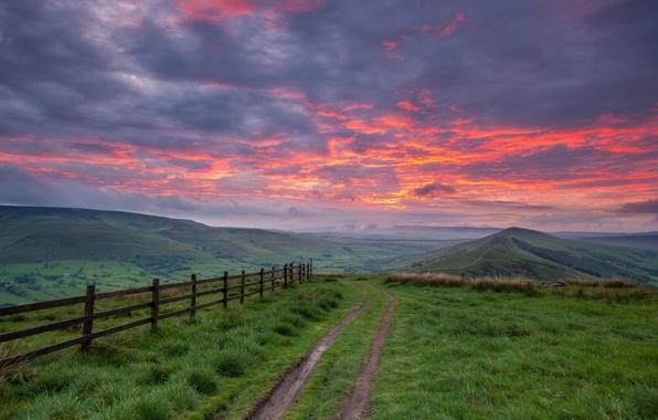 Картинка дорога, небо, пейзаж, закат, горы, забор