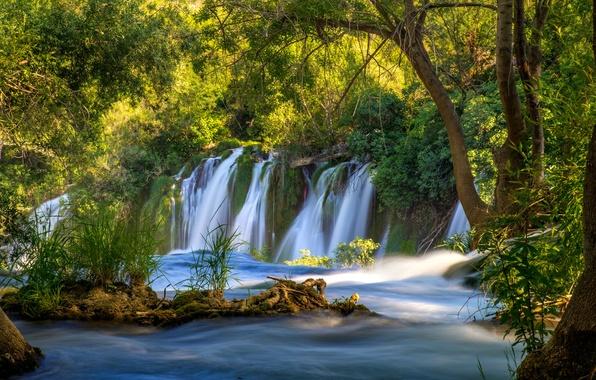 Картинка зелень, вода, деревья, река, водопад, поток, Bosnia and Herzegovina, Kravice Falls