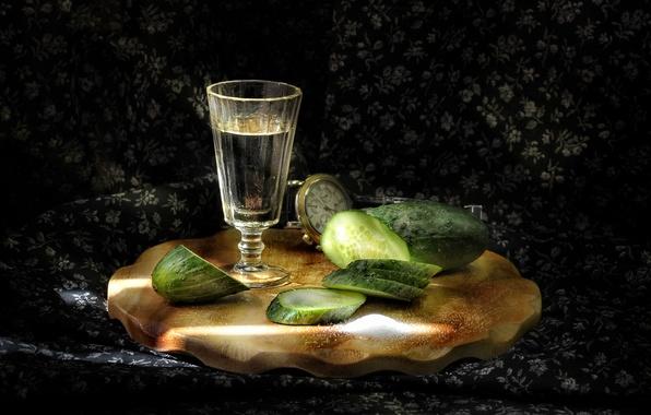 Картинка праздник, огурец, стопка, водка, соль, закуска