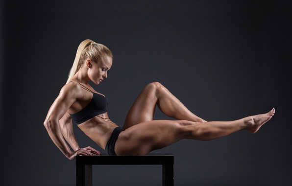 Картинка muscles, blonde, pose, female, fitness, bodybuilder, toned body