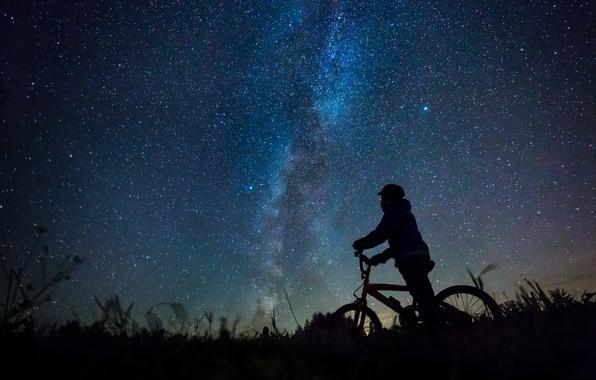 Картинка star, bike, field, night, boy, Milky Way, darkness, silhouette, mystery