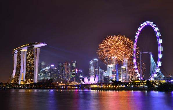 Картинка небо, облака, ночь, lights, огни, отражение, праздник, небоскребы, подсветка, залив, Сингапур, фейерверк, архитектура, мегаполис, sky, …