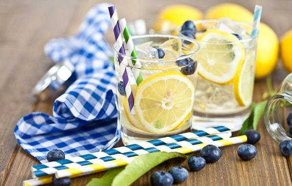 Картинка лед, листья, ягоды, лимон, кубики, черника, стаканы, напиток, трубочки