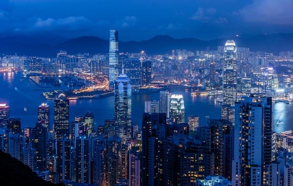 Картинка небо, ночь, Гонконг, небоскребы, освещение, панорама, залив, Китай, синее, Braemar Hill, Victoria Harbour
