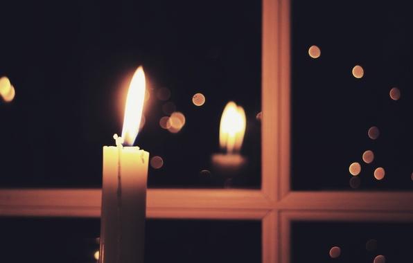 Картинка дом, свеча, окно