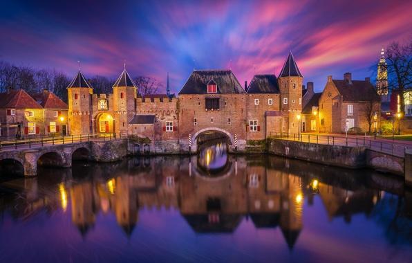 Картинка небо, облака, ночь, город, отражение, река, подсветка, крепость, Нидерланды, Амерсфорт, Коппельпорт