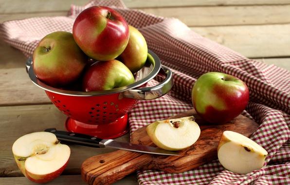 Картинка яблоки, нож, посуда, доска, фрукты, нарезанные