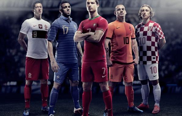 Картинка футбол, роналдо, football, ronaldo, soccer, modrich, евро 2012, cuba, euro 2012 wallpaper, mvila