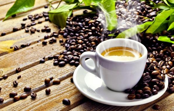 Картинка листья, стол, кофе, чашка, напиток, блюдце, пенка, зёрна, дымок