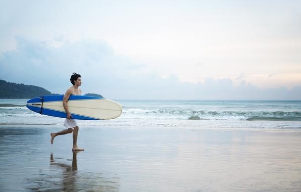 Картинка песок, пляж, отдых, берег, мужчина, доска, парень, сёрфинг, сёрфер