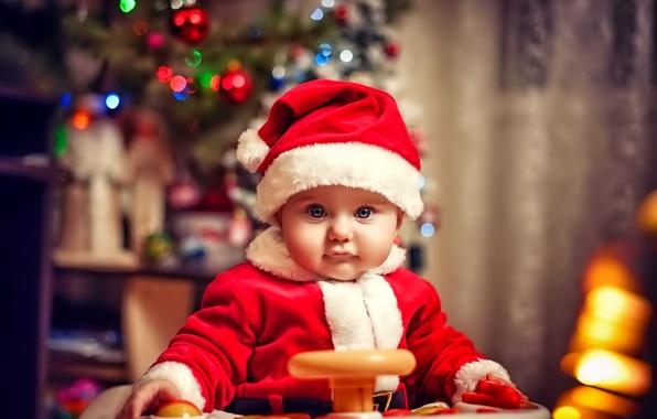 Картинка взгляд, огни, праздник, елка, новый год, ребенок, малыш, Рождество, счастливые, маленький костюм Санта-Клауса