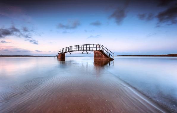 Картинка море, небо, облака, тучи, мост, берег, вечер, Шотландия, Великобритания