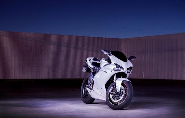 Картинка белый, небо, мотоцикл, white, суперспорт, bike, ducati, дукати, supersport, 1198