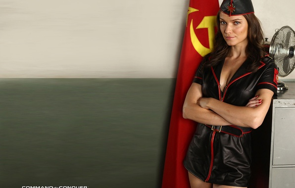 Порно актрисы red alert 3