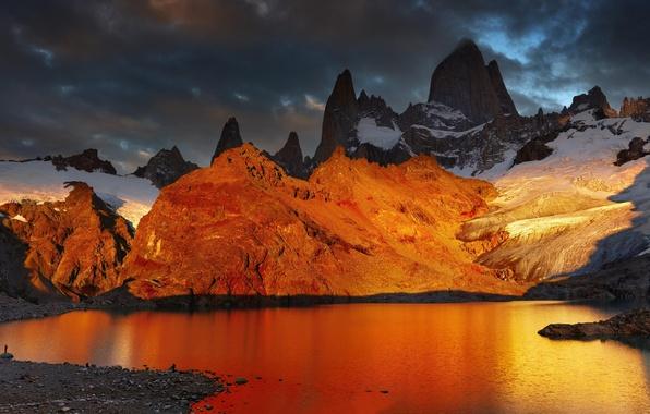 Картинка снег, пейзаж, горы, озеро, рассвет, Argentina, Аргентина, Patagonia, Патагония, Лагуна де Лос Трес