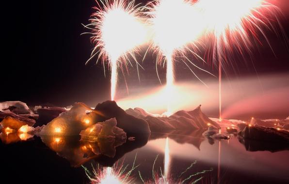 Картинка ночь, огни, озеро, новый год, фейерверк, Исландия, Йокюльсадлон