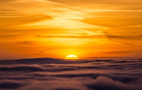 Картинка небо, облака, закат, горизонт, оранжевое небо