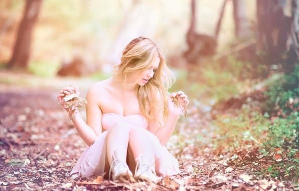 Картинка листья, девушка, природа, фото, размытие, платье, autumn mood