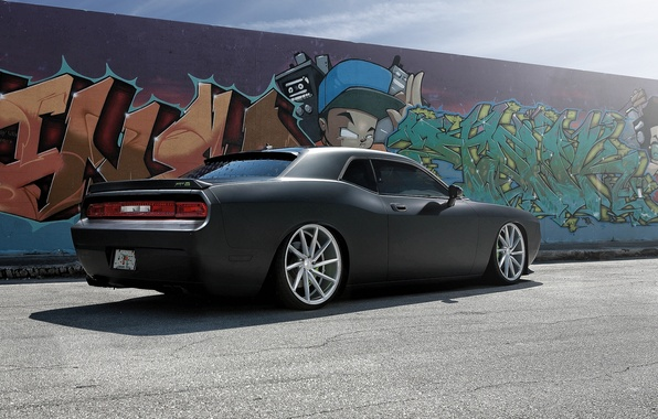 Картинка стена, чёрный, граффити, Dodge, SRT8, Challenger, Dodge Challenger SRT8