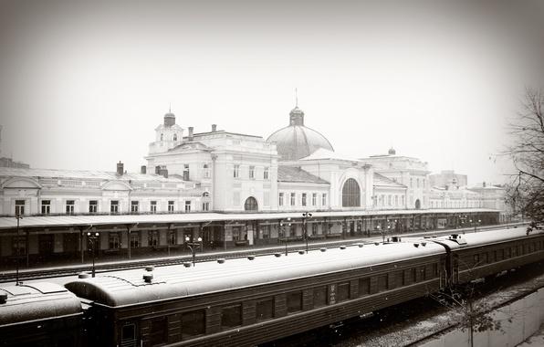 Картинка зима, снег, вокзал, поезд, железная дорога, ивано-франковск