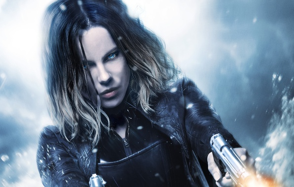 Картинка cinema, Kate Beckinsale, wallpaper, fire, flame, girl, gun, Underworld, weapon, woman, blue eyes, snow, movie, …