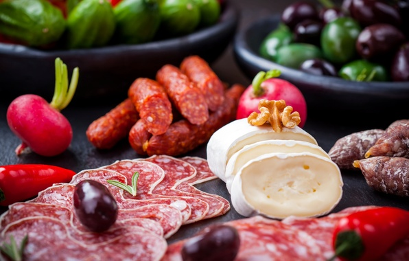 Картинка сыр, перец, орехи, оливки, колбаса, салями, редис