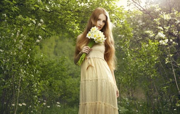 Картинка взгляд, природа, Девушка, букет, платье, рыжая