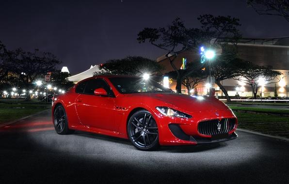 Картинка Maserati, light, red, night, front, street, granturismo, mc stradale