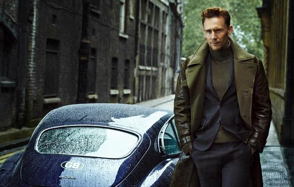 Картинка машина, Jaguar, костюм, актер, мужчина, Tom Hiddleston, Том Хиддлстон