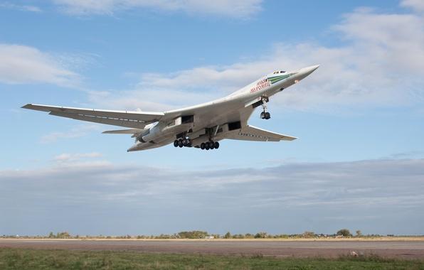 Картинка небо, взлет, стратегический, Ту-160, сверхзвуковой, бомбардировщик-ракетоносец, «Белый лебедь»