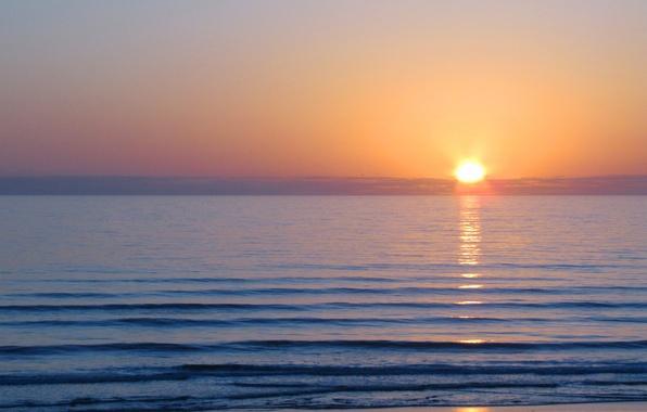 Картинка море, волны, небо, вода, солнце, облака, свет, пейзаж, гладь, рассвет, цвет, утро