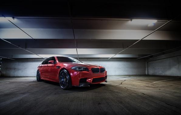 Картинка оранжевый, BMW, БМВ, парковка, вид спереди, f10, Sakhir Orange