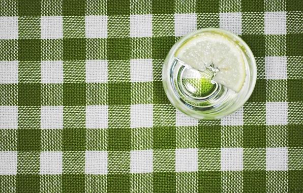 Картинка вода, макро, стакан, лимон, скатерть