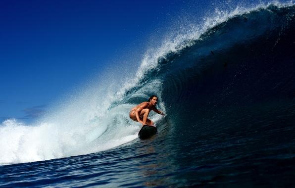 Картинка девушка, океан, волна, серфинг, доска, surfing