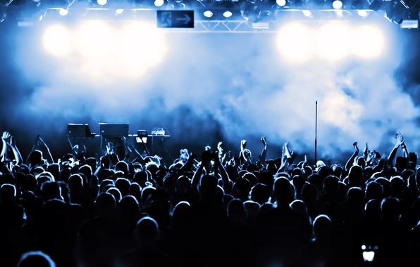 Картинка темнота, дым, толпа, сцена, Концерт, публика, аплодисменты
